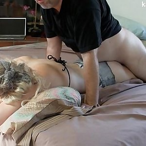 Rubdown leads to creampie HD
