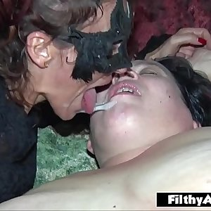 Double ass fucking Penetration! DAP for nasty milf in real orgy!