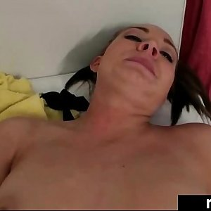 Hot Sex Scene Action With Horny Real Gfriend video-30