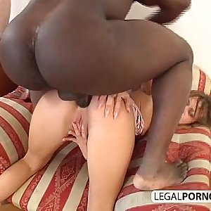 Interracial couple enjoying hard sex BMP-3-02
