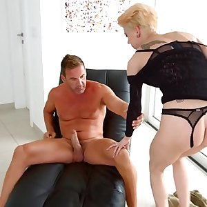 Chica la Roxxx gets hardcore anal sex with gape by Ass Traffic