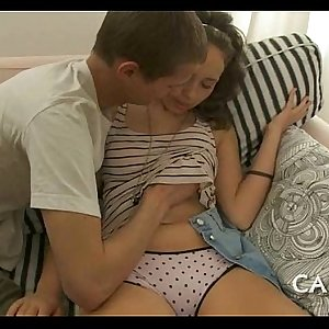 Curvy girl gives wild oral-job
