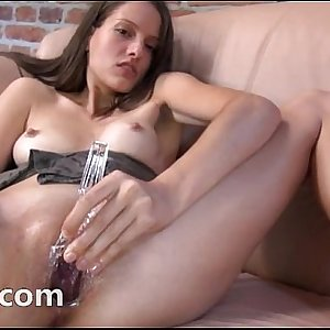 Czech beauty gaping her amazing cunt