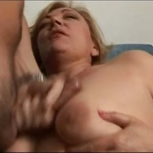 sexy plump mature woman from DesiresBBW .com