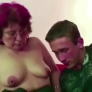 Mom Caught Friend of Daughter Wank and let him Fuck