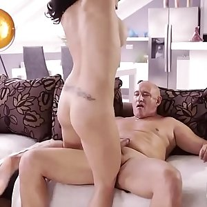 Czech 18 anal Rough hump for jaw-dropping latina stunner