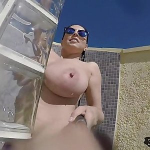 nude outdoor shower