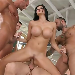 Aletta Ocean loves to get group-fucked