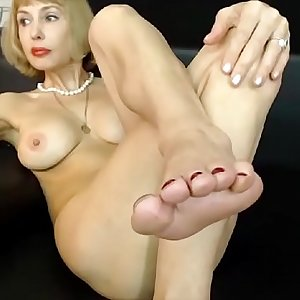 Awesome mature foot demonstrate - hotcams365.com
