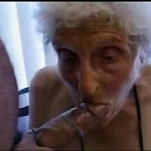 Very old granny still loves to be fucked
